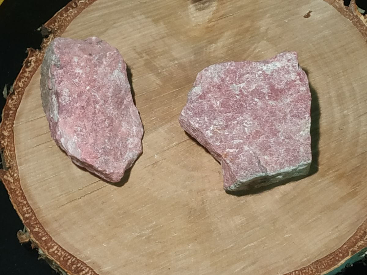 Thulite sůrovy/rough 5cm
