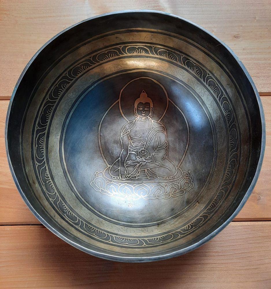 Tibetsky Misa/Singing/Klangschalen Buddha with mantra 19cm